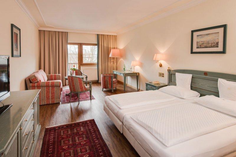 Hotel DER RESCHENHOF ****