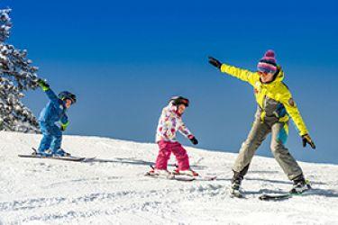 Kinder-Skikurs direkt beim Hotel Felsenhof