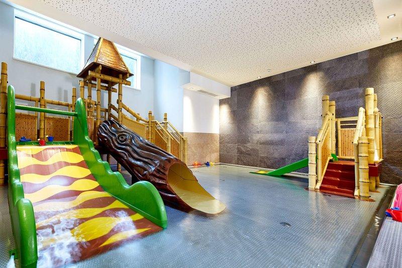 All Inclusive Baby- und Kinderhotel Habachklause ****