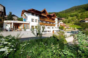 Kinder- & Familienhotel Laderhof ****