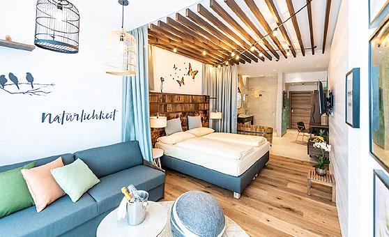 gewinnspiel september 2018 webhotels. Black Bedroom Furniture Sets. Home Design Ideas