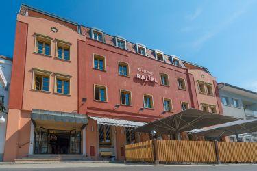 Hotel-Restaurant-Bistro RAFFEL ****